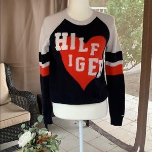 Tommy Hilfiger crew neck sweater